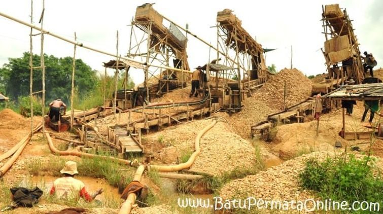Diamond Mine in Martapura, Indonesia