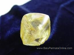 The Biggest Diamond in Indonesia in Discovering mining in Diamond Mining in Martapura